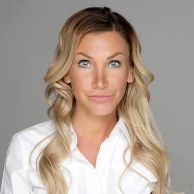 DR. SZALAI Adrienn